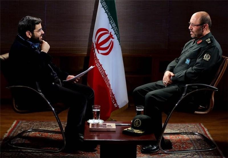به هیچکس اجازه ورود به مذاکره درباره توان دفاعی و موشکی ایران را نمیدهیم