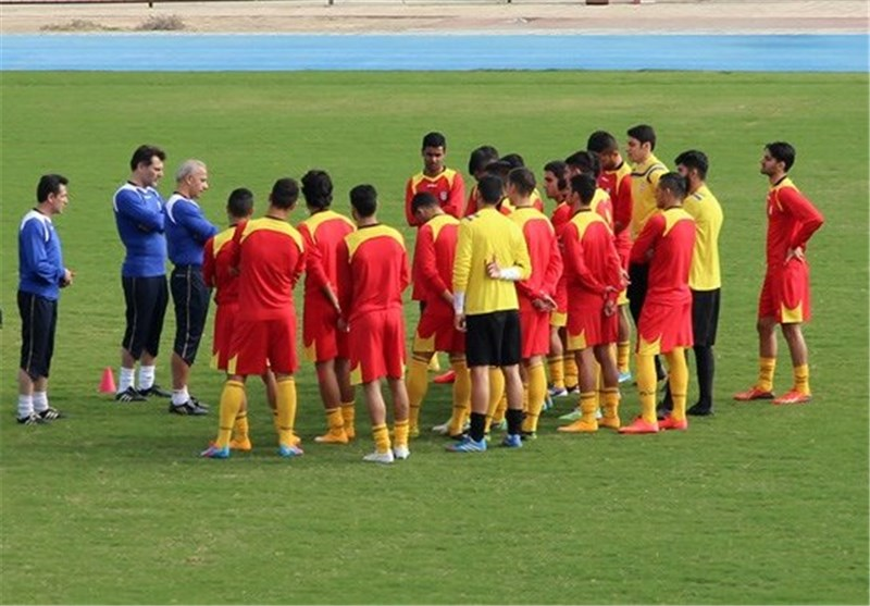 Iran Olympic Team to Play Kuwait