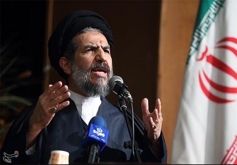 نائب رئیس مجلس الشوری الاسلامی: ایران الاسلامیة یحکمها زعیم کفوء وأکثر الزعماء علما