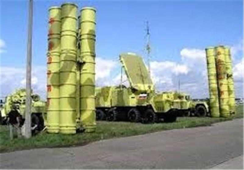 الجیش السوری نشر أنظمة دفاع جوی على طول الحدود مع ترکیا