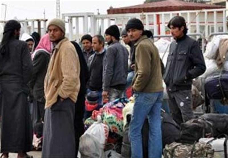 مئات اللاجئین السوریین یعودون لبلادهم من ترکیا+صور