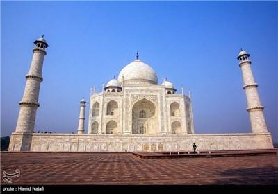 Photos: Taj Mahal in India