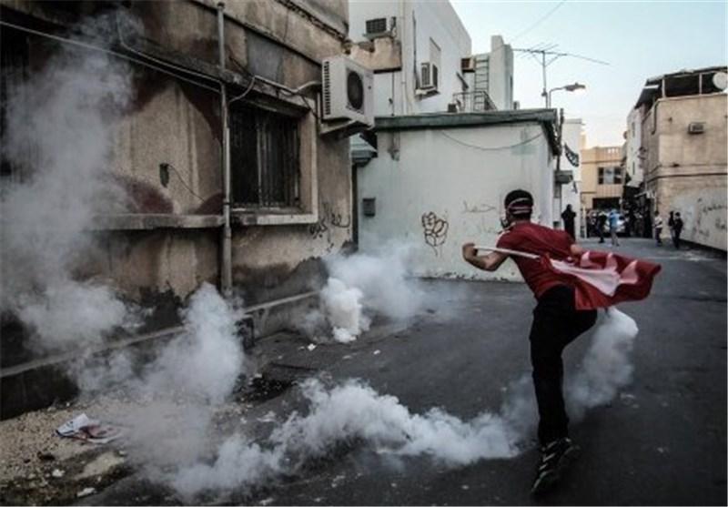 ناشطة بحرینیة : النظام یرد على التظاهرات بالغازات السامة والرصاص الانشطاری