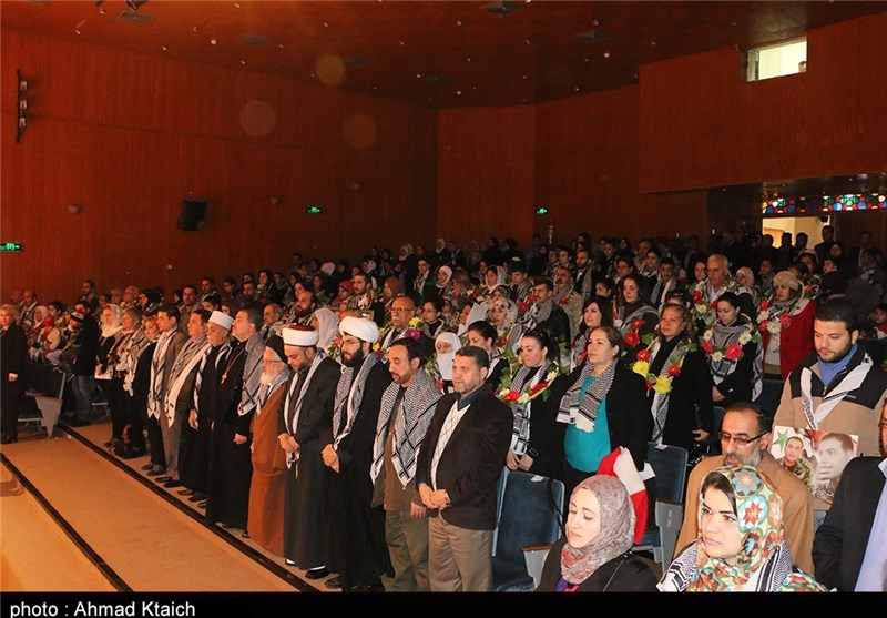 حفل تکریم عوائل الشهداء فی دمشق