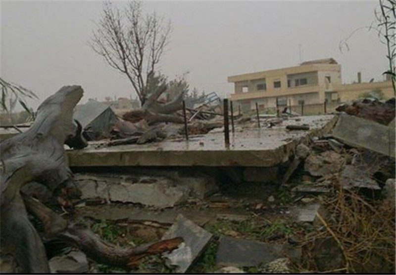 إرهابیون یدمرون مقام الإمام النووی فی مدینة نوى جنوب سوریا+صور