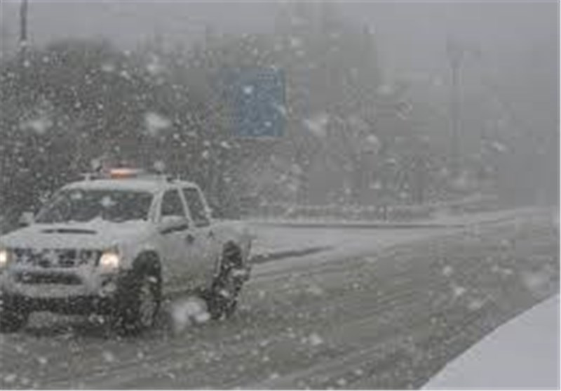 الظلام یعم اغلب مدن فلسطین المحتلة بسبب العاصفة الثلجیة