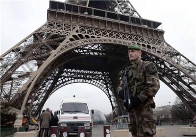 ۲ گروگانگیری تروریستی پاریس را شوکه کرد