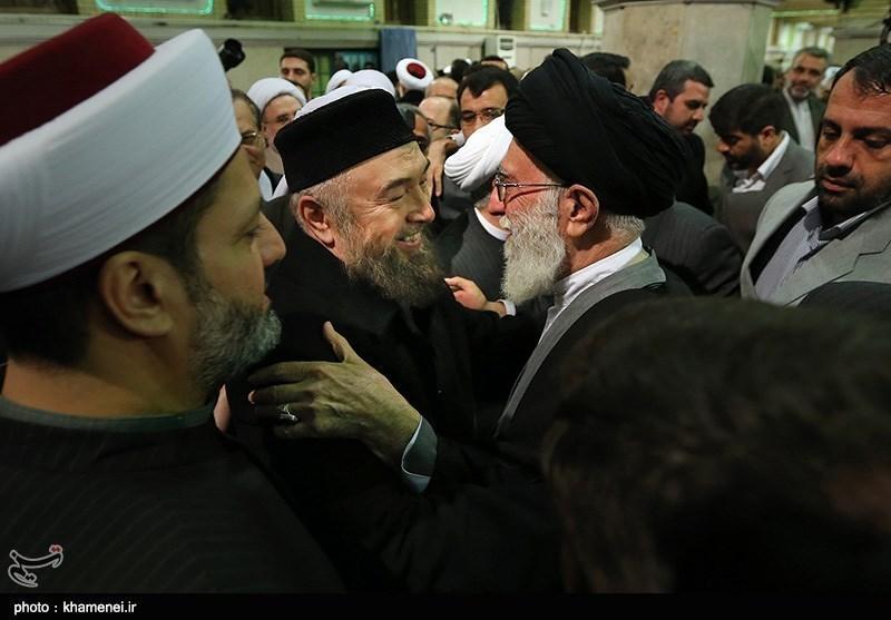 Muslim Clerics, Scholars Meet Supreme Leader in Tehran