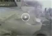 فیلم؛ ورود خودرو به دفتر کار ▶