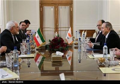 Iran, Cyprus FMs Meet in Tehran