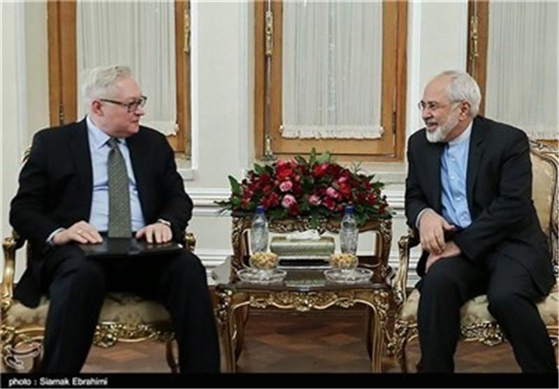 ظریف وریابکوف یبحثان بطهران ملف ایران النووی على اعتاب جولة مفاوضات جنیف الجدیدة