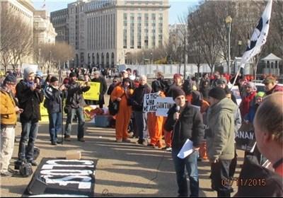 ناشطون فی مجال حقوق الانسان یتظاهرون أمام البیت الابیض