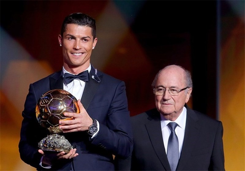 Cristiano Ronaldo Named FIFA Player of Year for Third Time