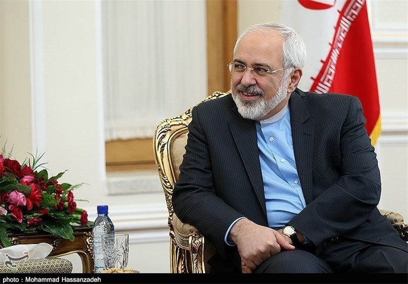 Iran's Zarif to Make Phone Calls to Sextet FMs