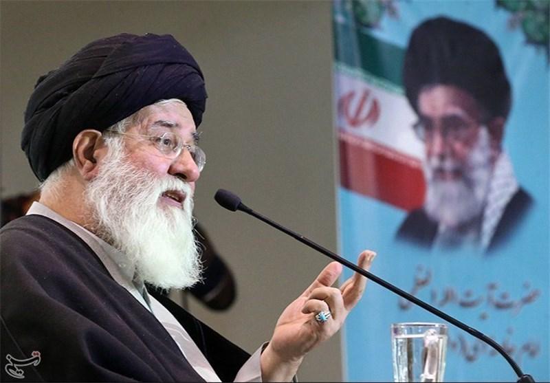 مشهد|راهپیمایی 22 بهمن نمایش قدرت و پایمردی مردم در این نظام است