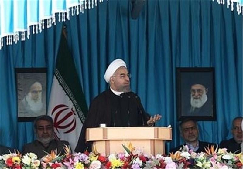 رئیس الجمهوریة یتفقد محطة بوشهر النوویة فی محافظة بوشهر