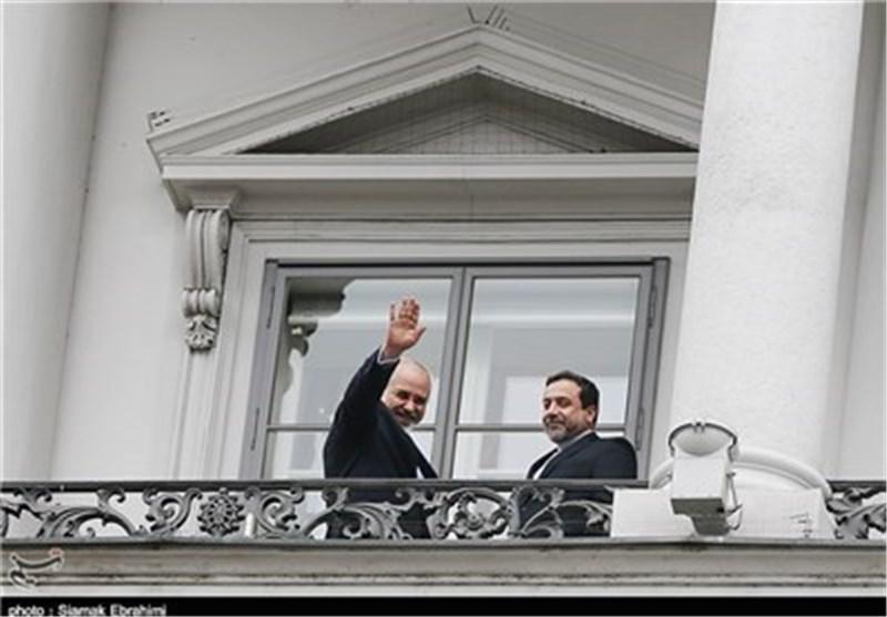 وزیر الخارجیة یغادر طهران متوجها الی جنیف علی رأس الوفد النووی الایرانی المحاور