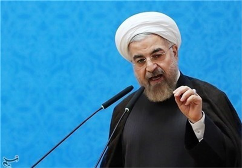 Iran's President Stresses Constructive Interaction with Persian Gulf Littoral States