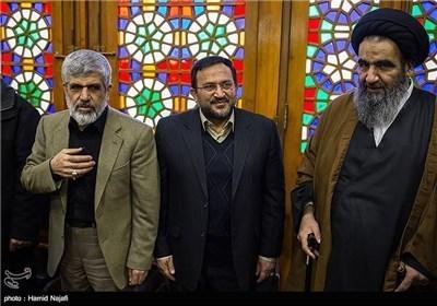 اقامة مراسم الذکری السنویة الثالثة لاستشهاد العالم النووی مصطفی احمدی روشن بمدینة یزد