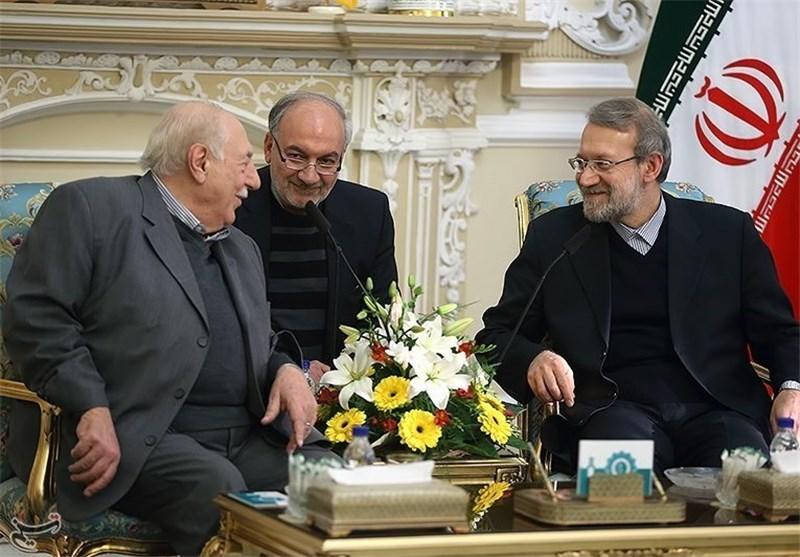 لاریجانی: سیاسة ایران الاسلامیة تقوم علی أساس الوقوف الی جانب الشعب الفلسطینی