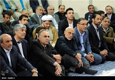 Iranian Athletes Meet with Supreme Leader