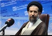 استقامت مردم ایران، دشمنان را به پای میز مذاکره کشاند