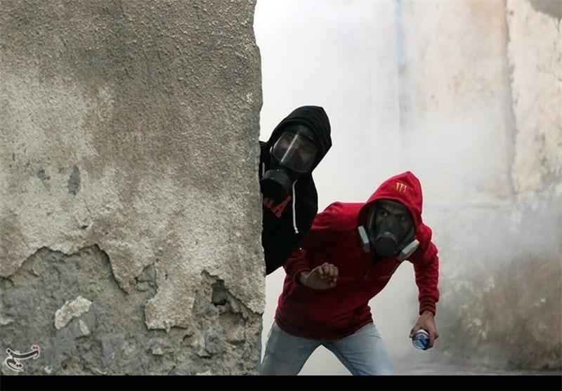 شعب البحرین یواصل تنظیم التظاهرات مطالبا بالافراج عن الشیخ سلمان + صور