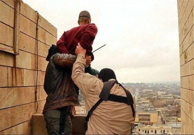 """تنظیم """"داعش"""" الإرهابی یعدم شخصین وبرمیهما من سطح مرتفع+صورتان"""