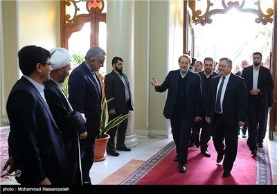 لاریجانی یستقبل رئیس البرلمان الجورجی