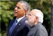Obama Arrives in India for Landmark Visit