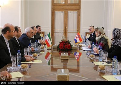Iranian, Croatian FMs Meet in Tehran