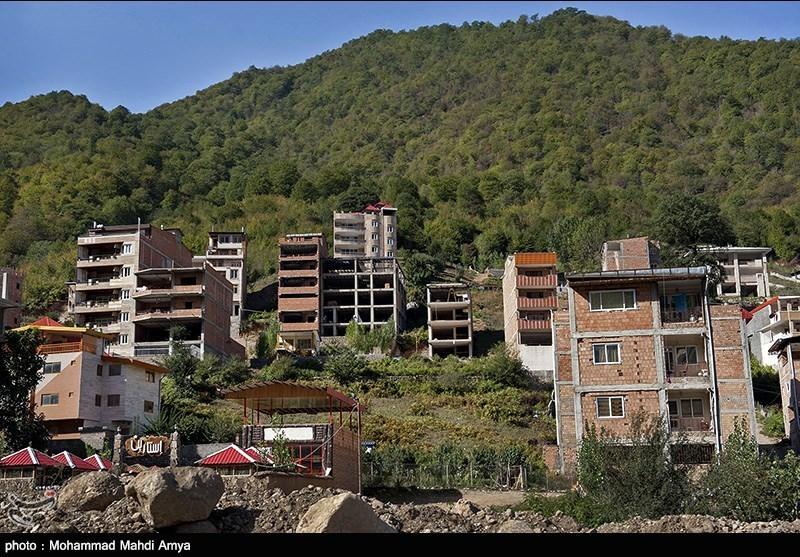گرگان| ردپای افراد بانفوذ در زمینخواری گسترده روستای «زیارت»/ بخشی از ساخت و سازها تخریب میشود