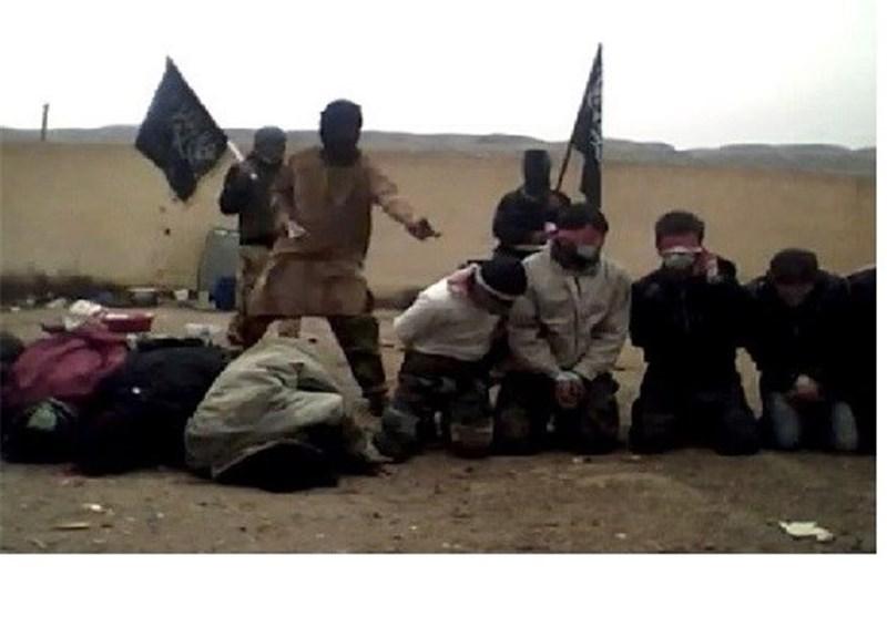 """عصابة """"داعش"""" الإرهابیة تعدم 100 من مقاتلیها الأجانب عقابا على محاولة الفرار من جبهات القتال"""