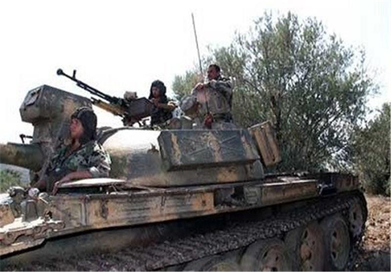 """الجیش السوری یتقدم فی دیر الزور و""""داعش"""" تعترف بأنها خُدعت"""