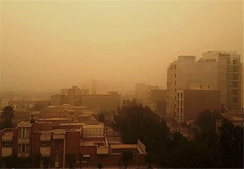 باد و گرد و خاک استان البرز را در برگرفت