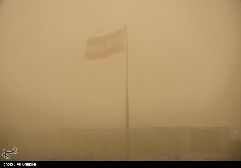 Sandstorm sweeps across Ahvaz - IN PHOTOS
