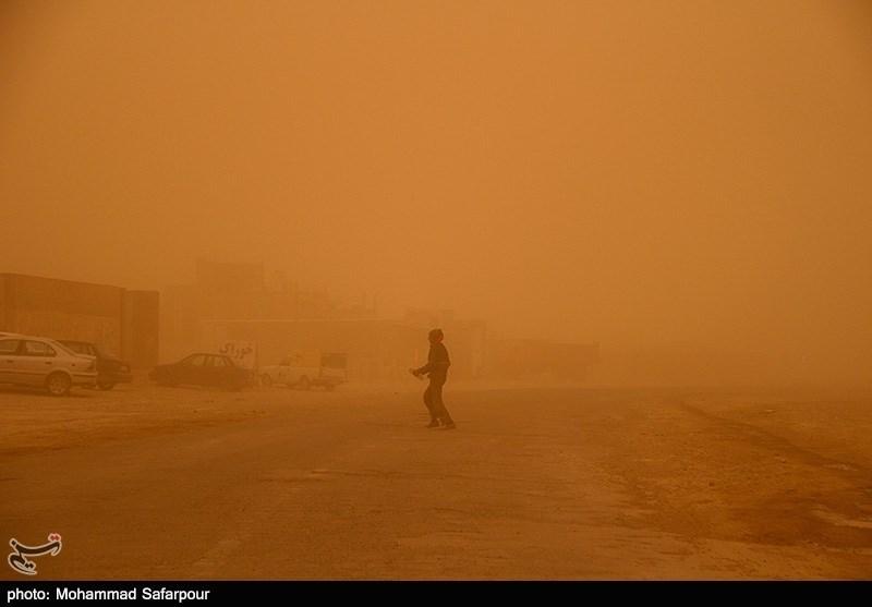 گردو غبار شدید در خراسان جنوبی
