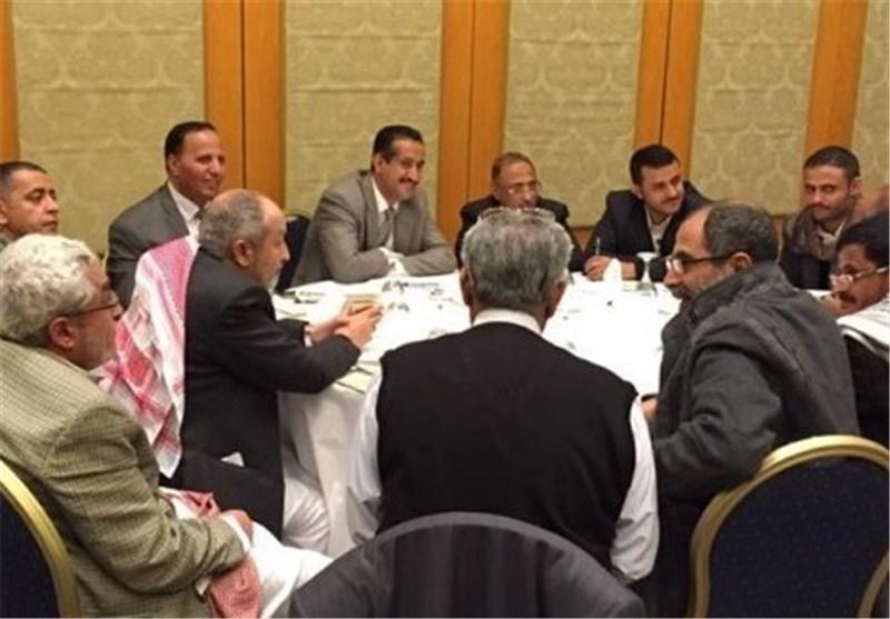 """احزاب الإصلاح والإشتراکی و الناصری تختلف مع هادی وتعود إلى """"موفنبیک"""" فی العاصمة صنعاء"""