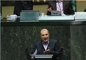 اکبریان: دولت برنامهای برای تخصیص ارز 4200 تومانی کالاهای اساسی ندارد