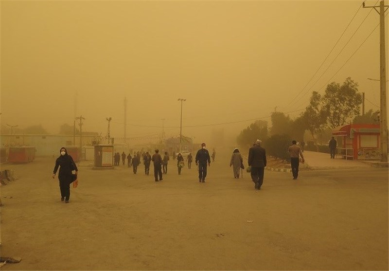 بحران زیستمحیطی سیستان پایان ندارد/ غلظت ذرات معلق هوا بیش از ۱.۵برابر حدِمجاز/ ۱۹نفر در مراکز درمانی بستری شدند