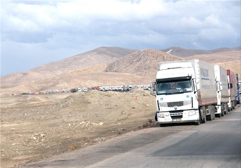 صف کامیون های ترانزیتی ماکو