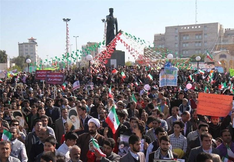 """""""قالیباف"""" در جمع راهپیمایان بوشهری سخنرانی میکند"""