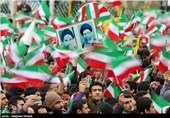 مردم در راهپیمایی 22 بهمن جواب دندانشکنی به دولتمردان آمریکا میدهند