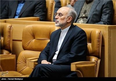 علیاکبر صالحی رئیس سازمان انرژی اتمی در مراسم بزرگداشت روز فناوری فضایی