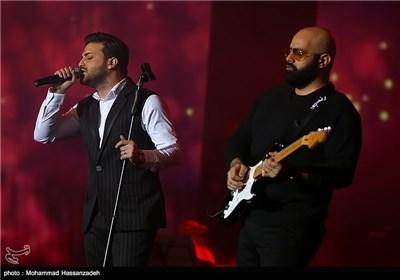 کنسرتهای دنگ شو و بابک جهانبخش - سی امین جشنواره موسیقی فجر