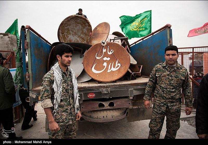 تحویل داوطلبانه ماهواره در روستای اسلام تپه بندر ترکمن