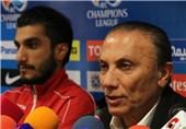 Persepolis Coach Derakhshan Dedicates Victory to Fans