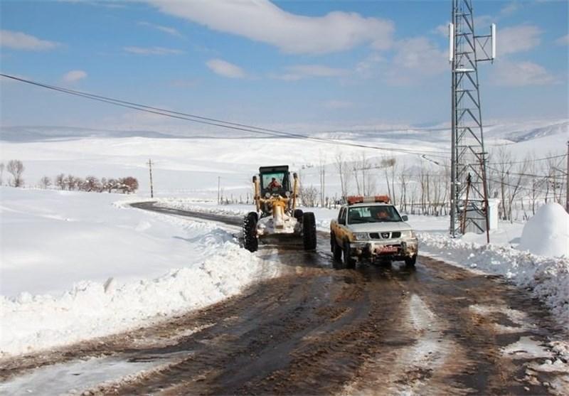 کاهش 10 تا 15 درجهای دما در گیلان/زنجیر چرخ برای تردد در جاده اسالم-خلخال ضروری است
