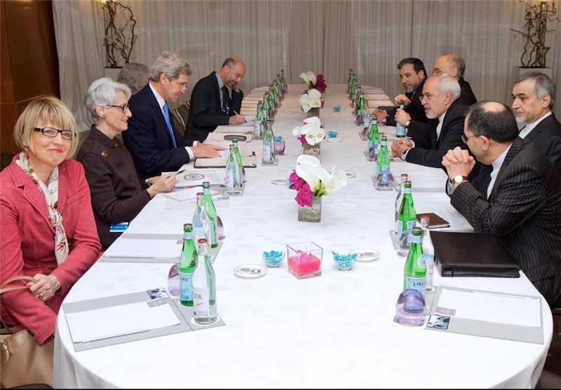 "Iran's Zarif Describes Talks in Geneva ""Serious, Constructive"""