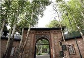 تحسین فارسیآموزان غیرایرانی از معماری مجموعه تاریخی فرهنگی سعدآباد
